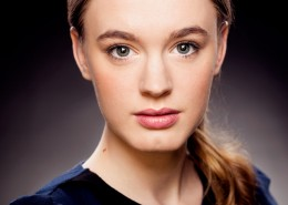 Amy Kelly looking beautiful in this studio headshot