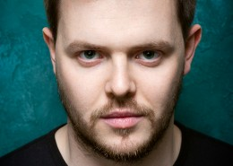 Actor-Headshot-Tim-Sanderson-8