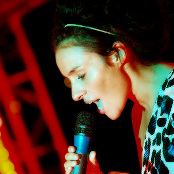 laura white x factor performance