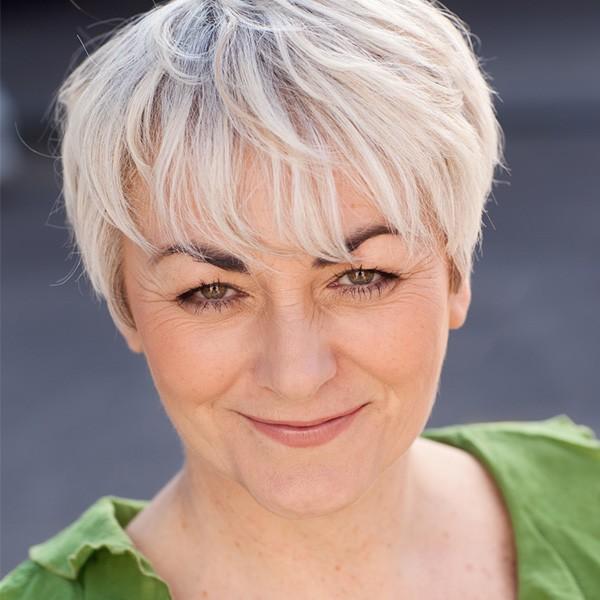 Actor headshot lorraine dallas